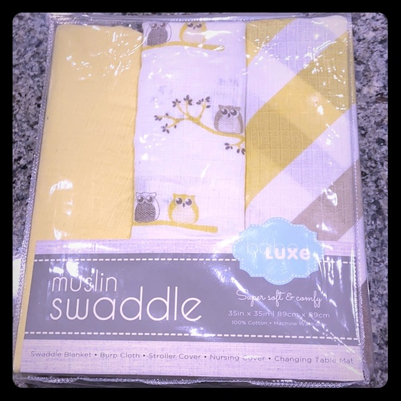 Babe Luxe Other - Yellow muslin swaddles - 3 pack